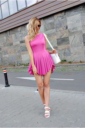 hot pink sammydress dress - white VESSOS sandals