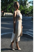 off white OASAP dress - neutral Zara bag