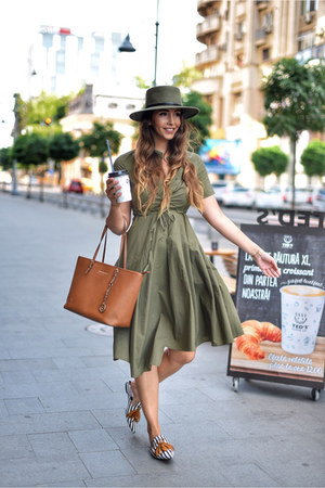 dark khaki VIPshop dress - white Jessica Buurman shoes - dark khaki Shopbop hat
