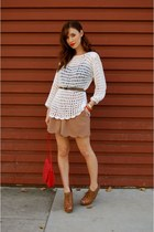 brown Steve Madden shoes - white crochet vintage shirt - coral vintage purse - t