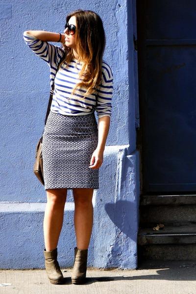 blue H&M skirt - blue H&M sweater - dark brown Misako bag