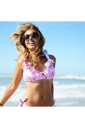 bubble gum romwe swimwear