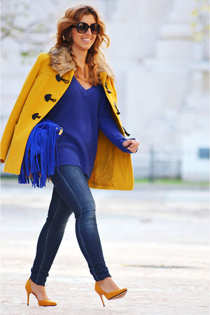 mustard H&M coat - navy Sfera jeans - blue Promod sweater - mustard Mango heels