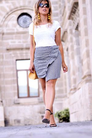 black romwe skirt - mustard romwe earrings