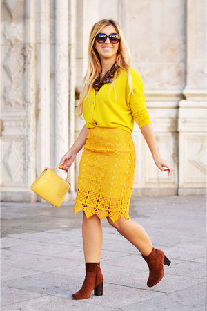 mustard Promod sweater - mustard Zara bag - mustard sammydress skirt