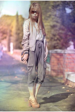 brown Topshop clogs - green Glassons pants - brown dior bag