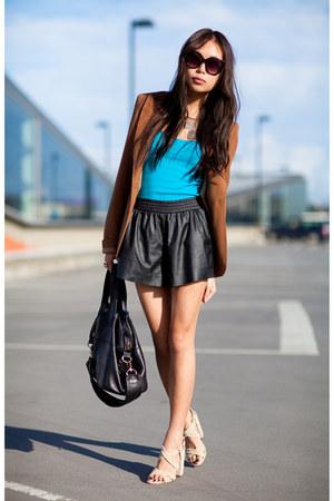 black leather boxer shorts - turquoise blue Zara t-shirt