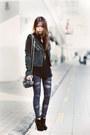 Black-tetra-asos-boots-charcoal-gray-bandage-leggings-gray-brenda-alexander-