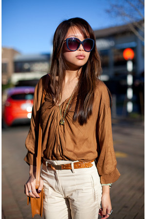 burnt orange scarlet room top - ivory Zara pants