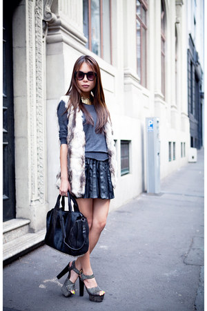 gray Forever 21 sweater - black rocco Alexander Wang bag
