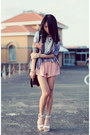 Light-purple-galaxy-print-jacket-peach-shorts-silver-twist-band-ring
