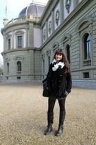 black black Primark jacket - off white Forever 21 scarf - light brown MNG shorts