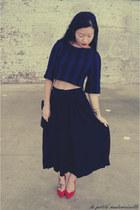 red heels Kardashian Kollection heels - black skirt American Apparel skirt