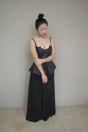 black bustier Nookie top - dark gray skirt cotton on skirt