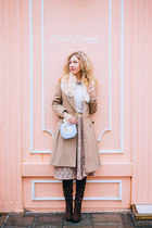 tan Oasis coat - crimson DressLink shoes