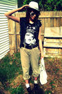 Thrifted-pants-t-shirt-marshalls-vest-nyc-vendor-hat-icing-purse-thrif