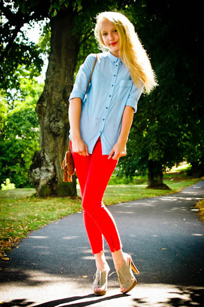 red Zara pants - light brown Bijou Brigitte bag - sky blue Mango blouse