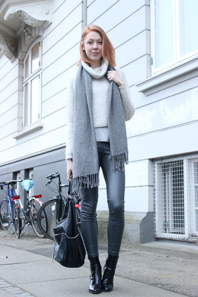 heather gray Zara sweater - heather gray H&M pants