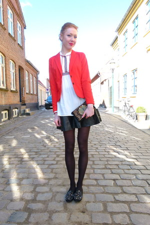 red H&amp;M blazer - black vintage loafers