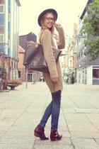 maroon Steve Madden boots - camel Inwear cardigan