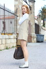 Light-brown-60s-h-m-dress-white-tommy-hilfiger-shirt
