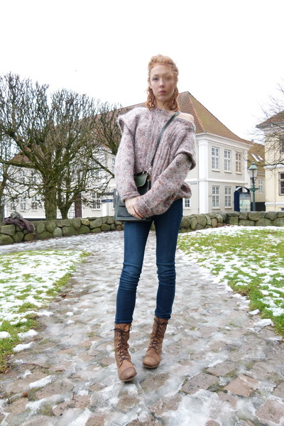 light purple multi colored thifted sweater - light brown Senze boots