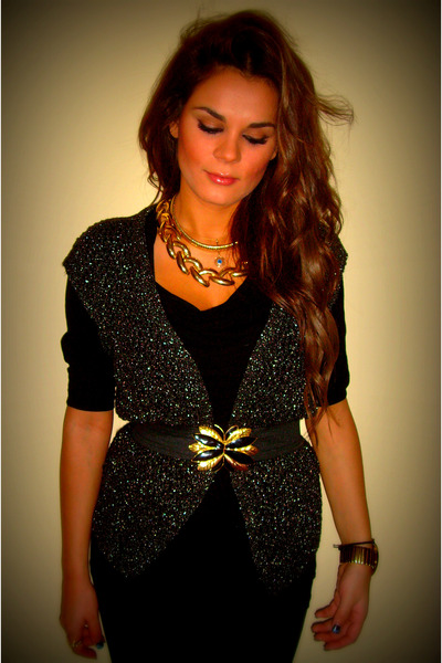 gold accessories - black dress