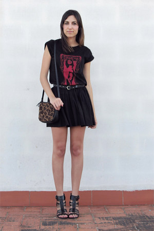 rock Zara t-shirt - leopard print Lefties bag - Zara heels
