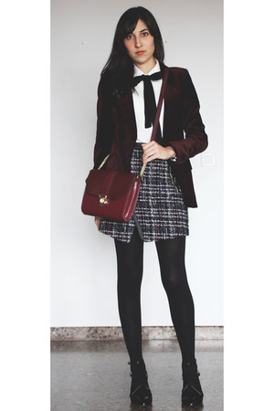 crimson velvet Zara blazer - white Aliexpress blouse