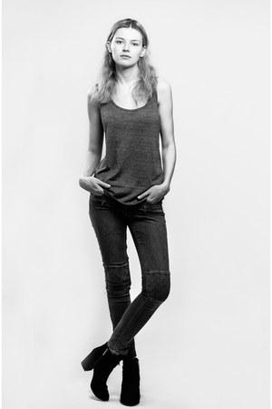 gray SIMILAR jeans - black SIMILAR boots - heather gray SIMILAR top