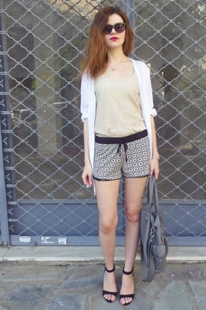 beige Stradivarius top - white I&D COLORS shirt - heather gray Bershka bag