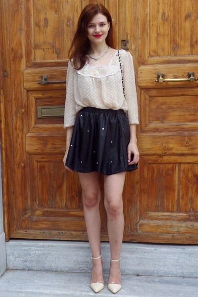 beige AmiClubWear shoes - black Tally Weijl bag - black choiescom skirt