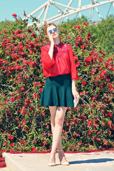 silver Wolfnoir sunglasses - red Atmosphere blouse - beige AmiClubWear heels
