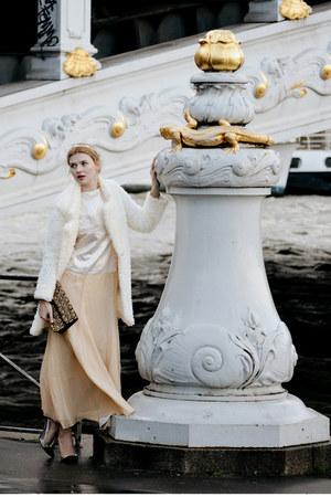 light yellow BAZZR dress - black ANTIQUEOLOGY TODAY bag - ivory SIMILAR cardigan