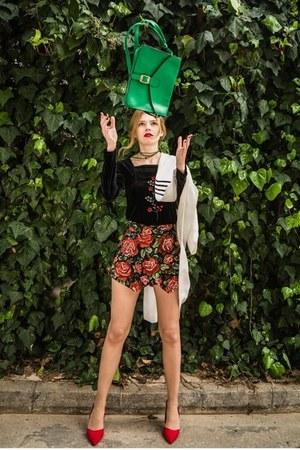 white SIMILAR blazer - dark green Dressin bag - ruby red BAZZR Skort shorts