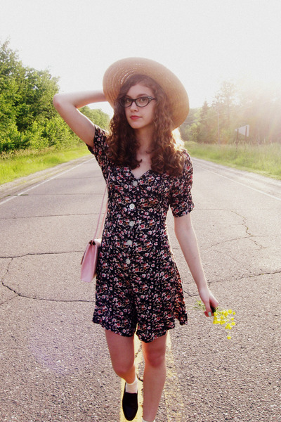 tan unknown brand hat - light pink thrifted vintage purse - cream Charlotte Russ
