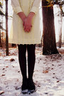 Mustard-unknown-necklace-cream-vintage-dress-crimson-target-tights