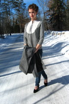 black kohls top - dark gray croft & barrow coat - navy Walmart jeans
