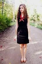 black Target dress - ruby red vintage scarf - burnt orange vintage heels