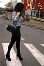 Chanel-bag-zara-sandals
