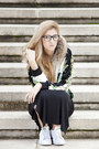 H-m-dress-gizzia-sweater-claires-glasses-adidas-sneakers