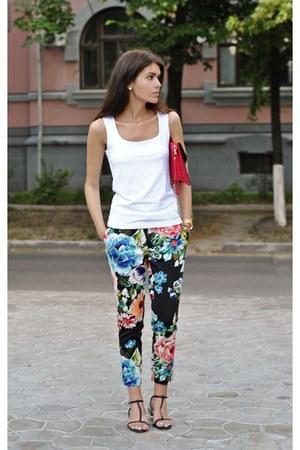 Zara top - Zara sandals - floral H&M pants - Swarowski earrings