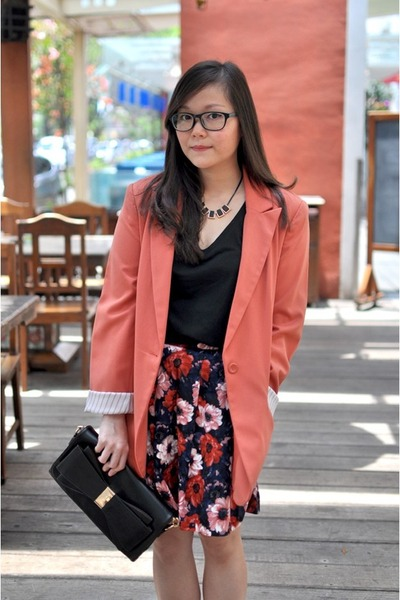 pink oversized Forever 21 blazer - navy floral print PERSUNMALL skirt