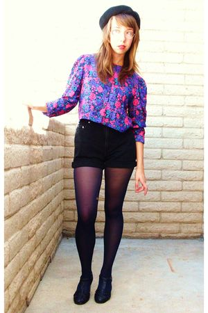purple thrifted blouse - black shorts