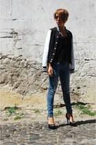 black varsity jacket Urban Classics jacket - navy ripped Bershka jeans