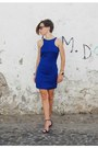 Blue-ankle-strap-mango-dress-black-ray-ban-sunglasses