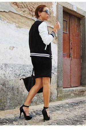 black platforms Urban Classics jacket - black midi Parfois bag