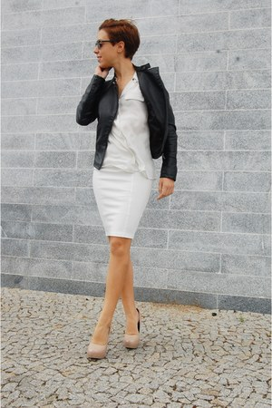 white midi pull&bear skirt - black leather jacket Stradivarius jacket