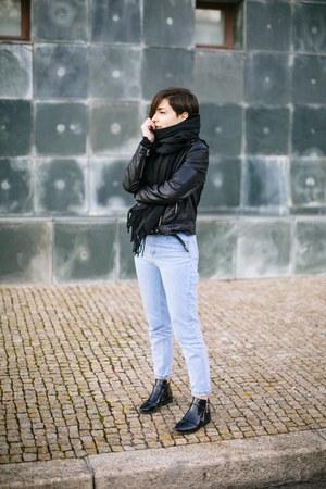 black pull&bear boots - sky blue Stradivarius jeans - black Mango jacket