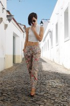 floral print watch - camel Ray Ban sunglasses - white platform Stradivarius top